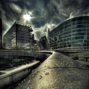 The Scoop, London by Matt Cooper - Buildings & Architecture Office Buildings & Hotels ( england, building, dark, cloud, sun, city )