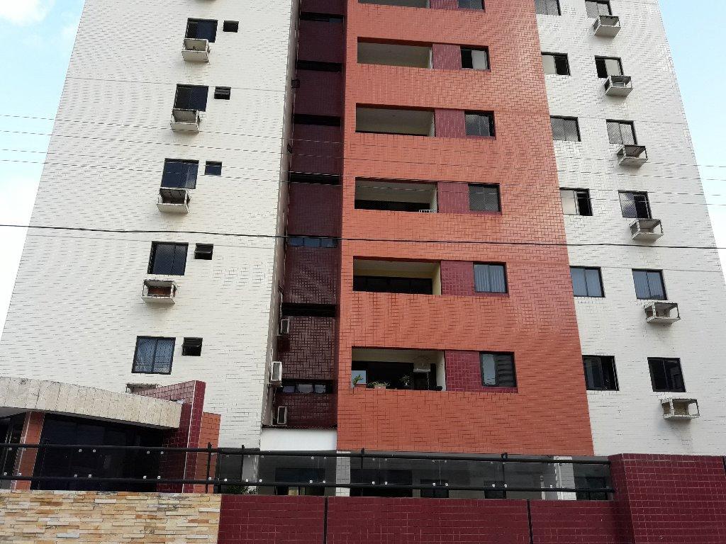 Apartamento com 3 dormitórios à venda, 100 m² por R$ 299.000 - Miramar - João Pessoa/PB