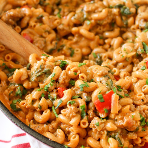 One-Pot Cheesy Beef Macaroni