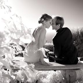 by Scott Nelson - Wedding Bride & Groom