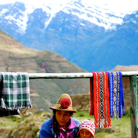 Andes by Sloane Sheldon - People Street & Candids