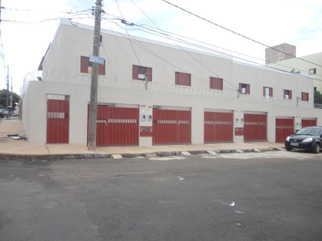 Sobrado  residencial para locação, Universitário, Uberaba.