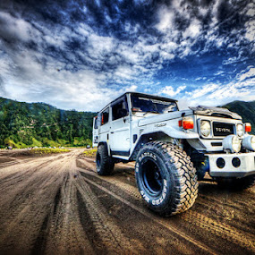 Mountain 4WD by Kresnata Adijaya - Transportation Automobiles ( mountain, jeep, 4wd, bromo )
