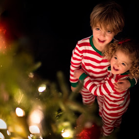 Christmas Love by Mike DeMicco - Public Holidays Christmas ( hug, xmas, hugging, christmas, children, kids, glow, siblings, cute, love, sweet, tree, happy, light )