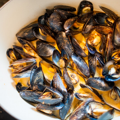 Mussels with Coconut and Red Curry Broth
