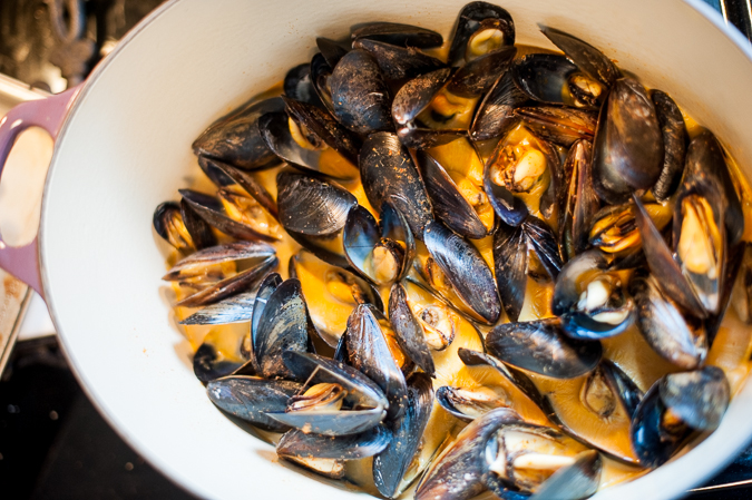 Mussels with Coconut and Red Curry Broth Recipe | Yummly