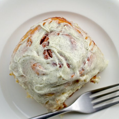 Small-Batch Cinnamon Buns with Vanilla-Bean Icing