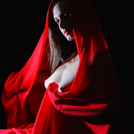 by DJ Cockburn - Nudes & Boudoir Artistic Nude ( sophie french, red, dark hair )
