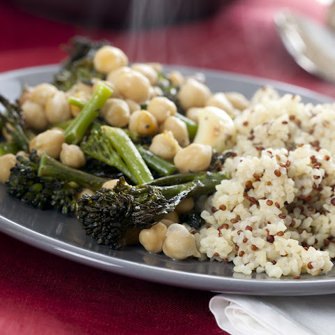 Quinoa and Bulgur with Broccoli, Green Bean, and Chickpea Stir Fry