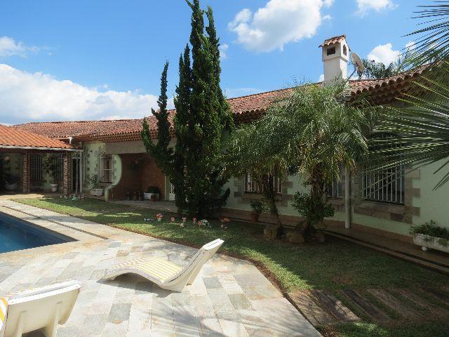 Chácara à Venda - Vila Isolina Mazzei