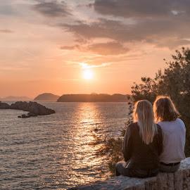 by Miho Kulušić - People Couples ( love, sunset, islands, lovely, couple, seascape, landscape, golden hour )