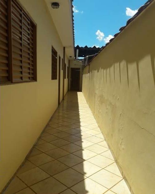 Casa para Aluguel 104 m²  com 2 quartos