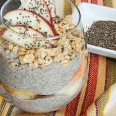 Easy 4 Ingredient Vanilla Chia Seed Pudding