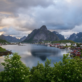 by Anngunn Dårflot - Landscapes Weather