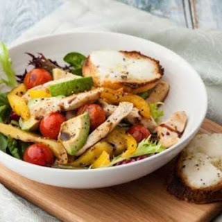 Warm Chicken Salad With Melted Cheese Croûtes