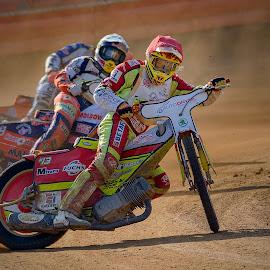 Ask the dust by Jiri Cetkovsky - Sports & Fitness Motorsports ( motorcycle, speedway, race, pardubice, drivers )
