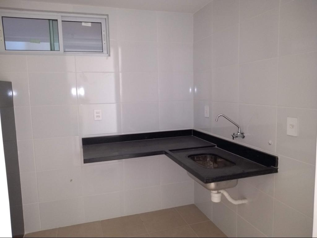 Apartamento com 2 dormitórios à venda, 58 m² por R$ 185.000 - Bessa - João Pessoa/PB