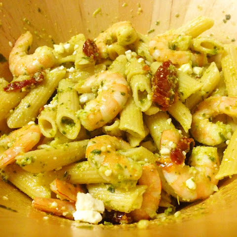 Quick Shrimp Pesto Quinoa Pasta