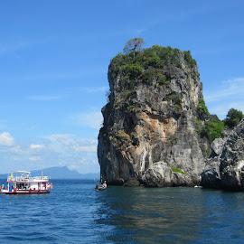 by Kristin McMullan - Transportation Boats ( blue, thailand, islands, ocean, boat, krabi, island )