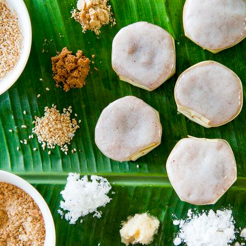 Coconut and Brown Sugar Rice Cakes (Yi Bua)