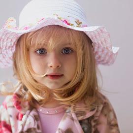 My baby by Rubens Kroeger - Babies & Children Child Portraits