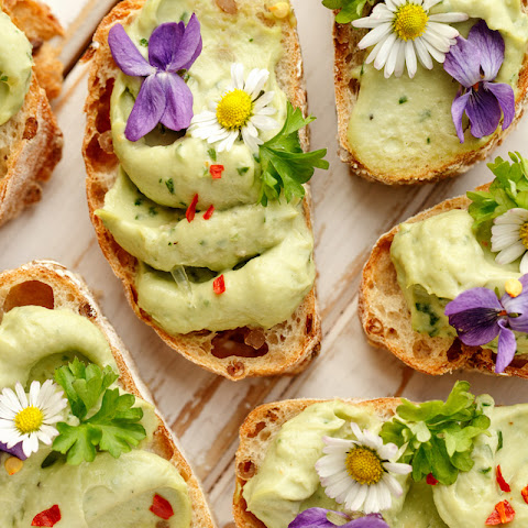 Canapes with Avocado Pesto Paste