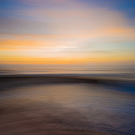 LaJolla Beach Pool, Camera Painting by Dean Mayo - Landscapes Beaches ( ca, sunset, pacific, beach, lajolla, childrens pool )