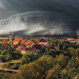 miriši na kišu by Vedran Bozicevic - Landscapes Weather ( croatia, weather, landscape, storm, slunj )
