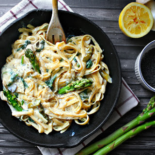 Lemon Poppy Seed Pasta with Oyster Mushrooms and Asparagus