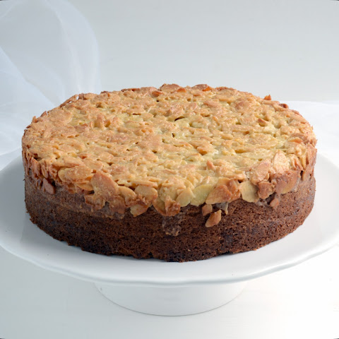Toscatårta (Swedish almond cake)