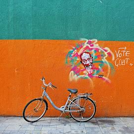 by Matty Gott - City,  Street & Park  Street Scenes ( streetart#urbanbicycle#bikeit, #hongkong#portstanley )
