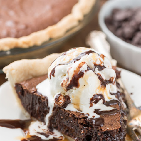 The BEST Brownie Pie