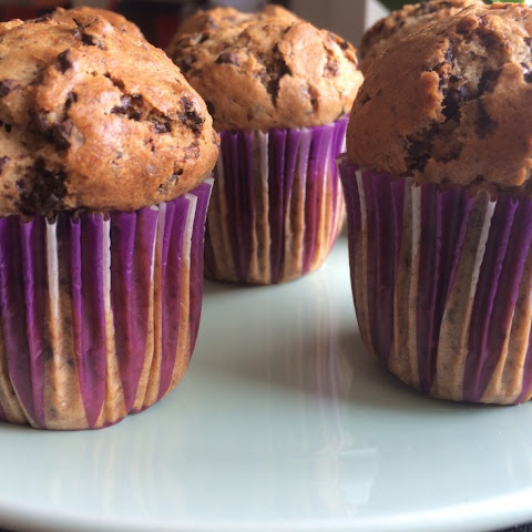 Banana Chocolate Chip Muffins Fast and Easy