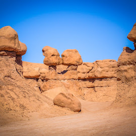 Kissing Stones by Sergey Sibirtsev - Landscapes Deserts ( kissing, park, kissing boys, rock, ut, valley, usa, valley \, kiss, goblin, kissing girls, nature, kissing men, utah, state park, wonder, stones, kissing women, goblins,  )