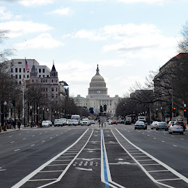 Washington by Robert Ratcliffe - City,  Street & Park  Vistas ( street, power, lines, perspective, washington dc, government, capitol )