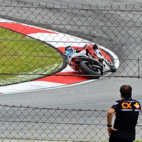 Watching Jorge Lorenzo by Mohd Hisyam Saleh - Sports & Fitness Motorsports ( motogp, lorenzo, 2012, sepang, jorge )