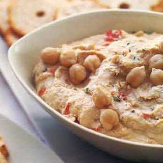 Smoky Chipotle Hummus with Garlic Bagel Chips