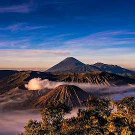Mount Bromo by Alexander Nainggolan - Landscapes Mountains & Hills ( mountain, indonesia, landscape, pananjakan, bromo, relax, tranquil, relaxing, tranquility )