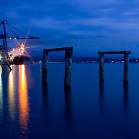 port of pantoloan by Hendra De Strijders - Transportation Boats