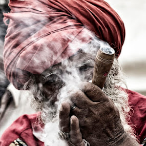Courage is fire, and bullying is smoke... by Yuni  Khan - People Portraits of Men ( devotees, yuni khan, yuni's photography, malangs, Travel, People, Lifestyle, Culture,  )