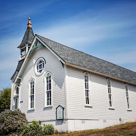 Bay View United Methodist  by Todd Reynolds - Buildings & Architecture Places of Worship