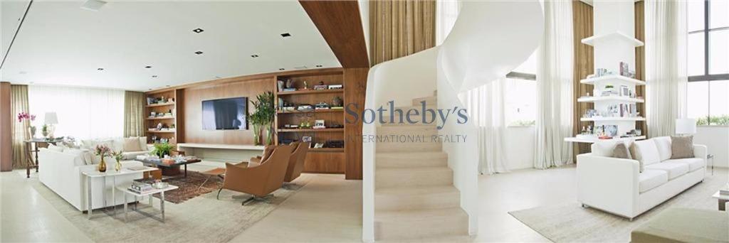 Apartamento Duplex de 4 dormitórios à venda em Alto De Pinheiros, São Paulo - SP