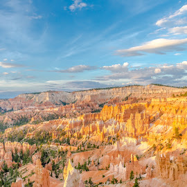 Bryce Canyon Sunrise by Thomas Lam - Landscapes Travel ( national park, utah, sunrise, travel, bryce canyon )
