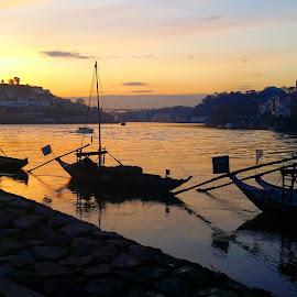 Magic sunset by Nuno Monteiro - City,  Street & Park  Vistas ( sunset, oporto, porto )