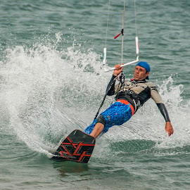 Kitesurfer by Rob Palmer - Sports & Fitness Watersports