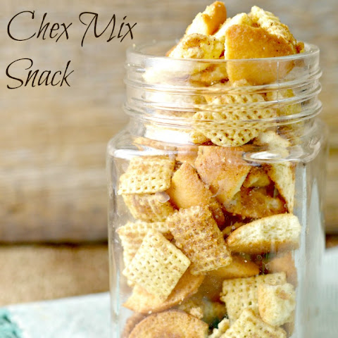 Snickerdoodle Chex Mix Snack