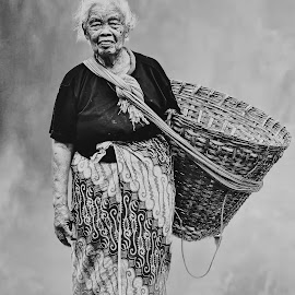 by Abhirama Arro - Black & White Portraits & People