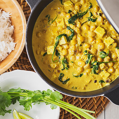 Quick & Easy Chickpea, Tofu and Spinach Curry