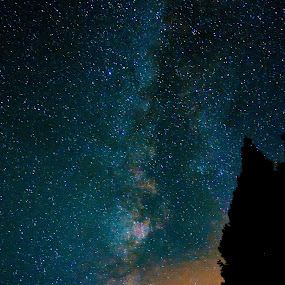 Milky Way with moon setting by Danny Bruza - Landscapes Starscapes