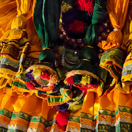 The colours of Kathakali by Vijayanand Celluloids - People Musicians & Entertainers ( face, dance form, kathakali dancer, traditional dance, kerala, painted faces, colours, face colours, colour, kerala traditional dance, tradition, kathakali dance, dance, dancer, kathakali )